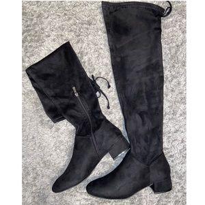 NWOT Knee-High Black Boots - Forever 21 🌟